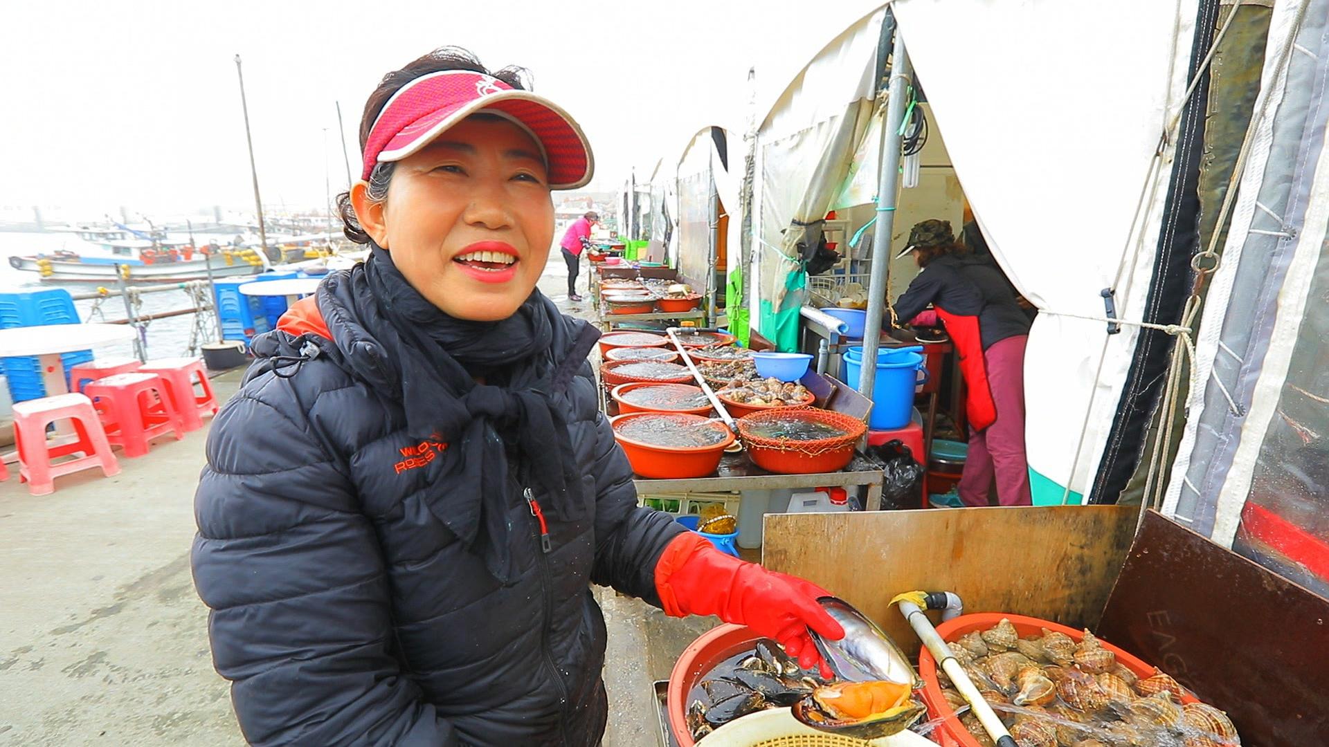한국기행-섬마을 밥집 [3부. 떴다! 바다 위의 맛집]