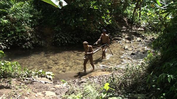 인류 원형 탐험 - 문신에 담은 영혼 인도네시아 멘타와이족