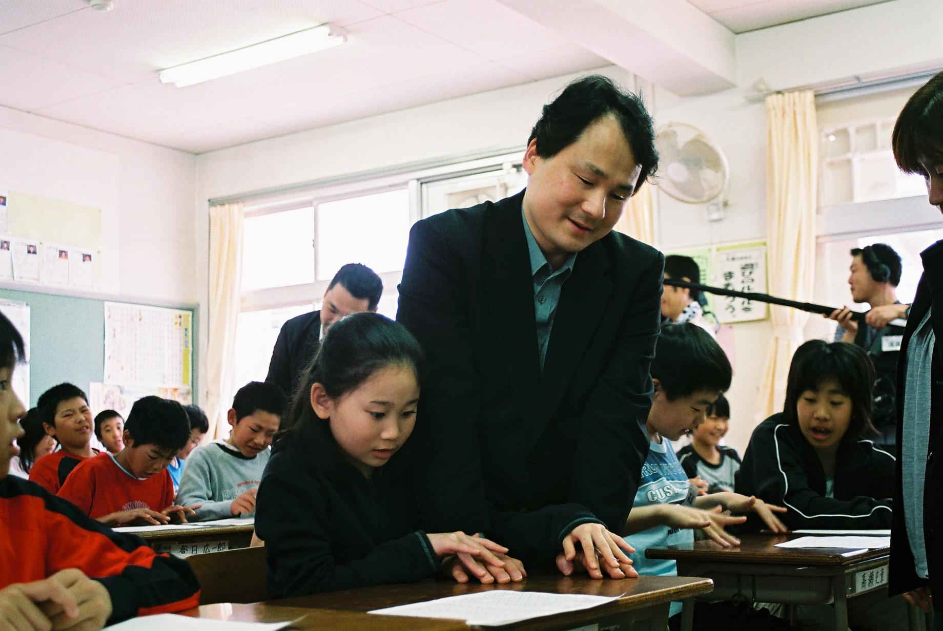 다큐10+ - 어둠속의 빛이 되다-후쿠시마 교수의 이야기