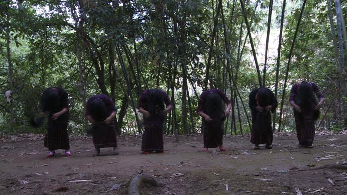 인류 원형 탐험 - 검은 옷을 입은 사람들 중국 와족